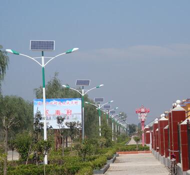 新农村6米太阳能路灯 PXTYN-023